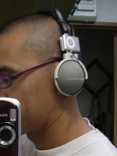 headphone_n_shuffle_02.jpg